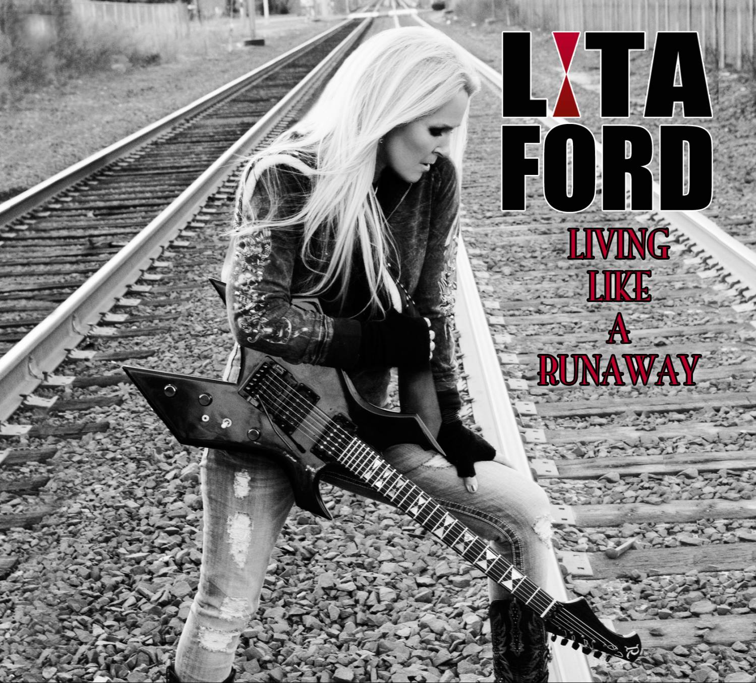 Lita Ford - Living Like A Runaway (Limited Edition) (2012)